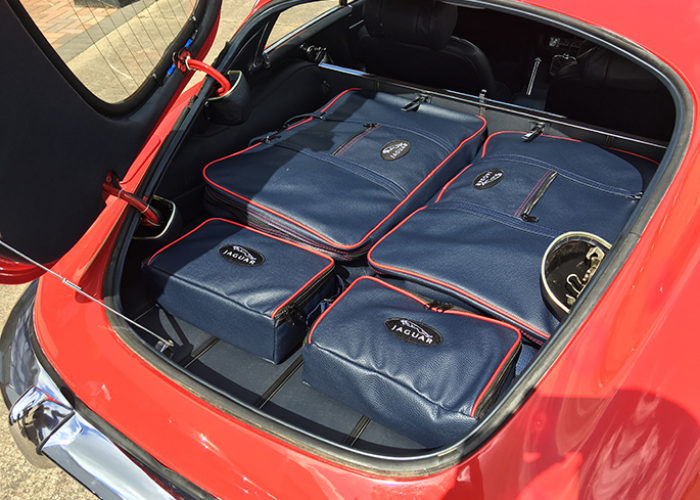 jaguar E-type FHC luggage
